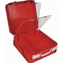 Verbandkoffers en tassen leeg